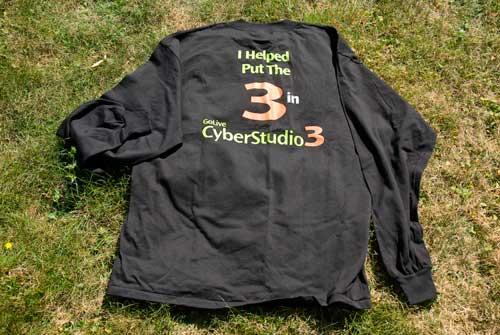 t-shirt-cyberstudio-3.jpg